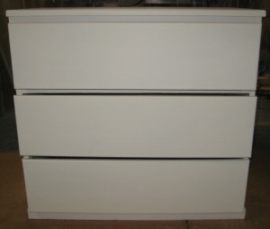 3-Drawer Dresser- Primed